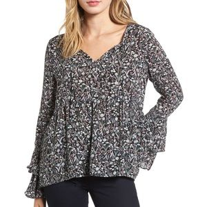 Hinge Floral Ruffled Bell Sleeve Blouse Medium